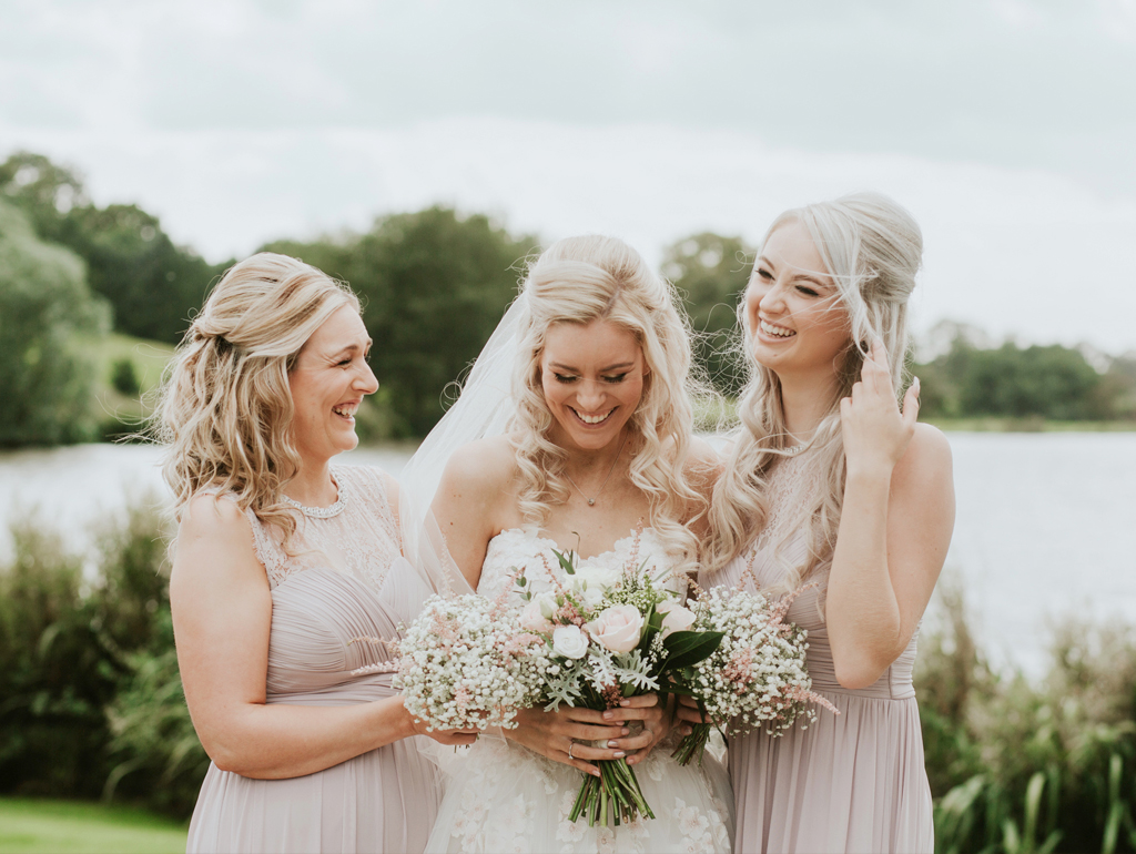 A Classic Late-Summer Wedding at Sandhole Oak Barn