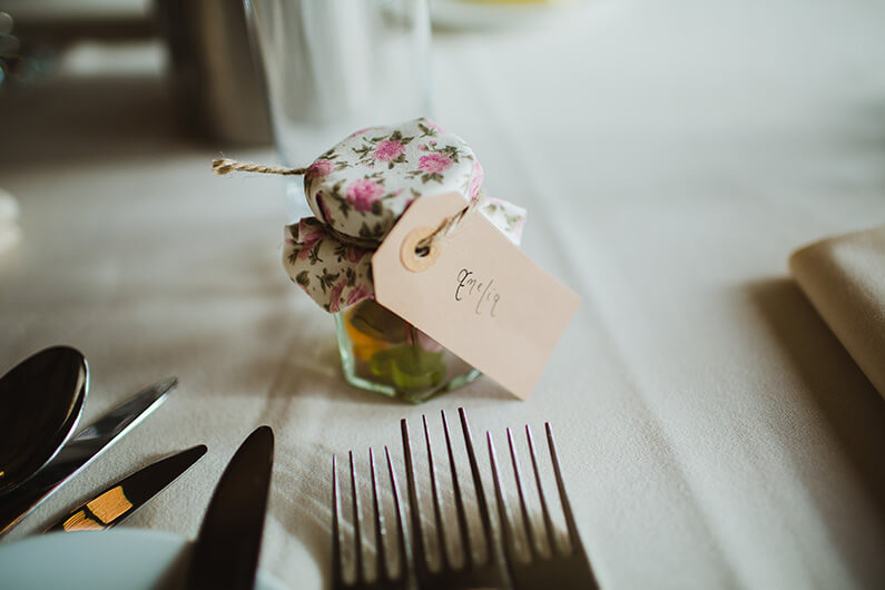 Jam wedding favours with name tag