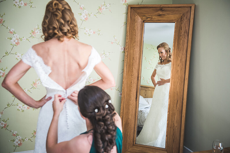 Rachel getting ready with her bridesmaids