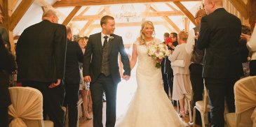 Laura and Andrew celebrated their wedding day at Sandhole Oak Barn wedding venue in Cheshire
