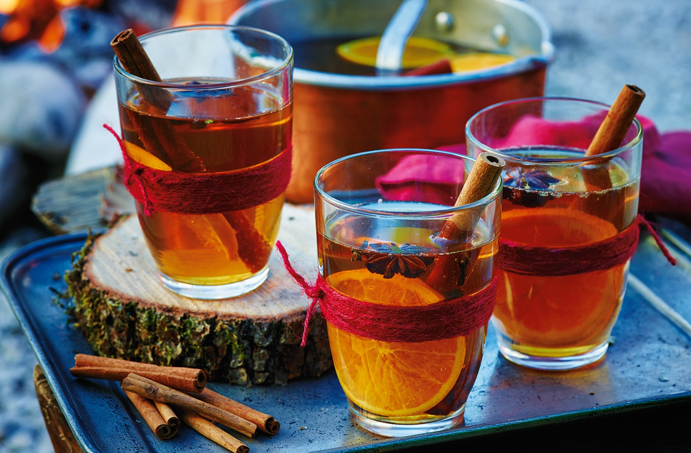 Mulled cider is the perfect winter wedding drink to keep your guests feeling cosy at your winter wonderland at Sandhole Oak Barn in the North West