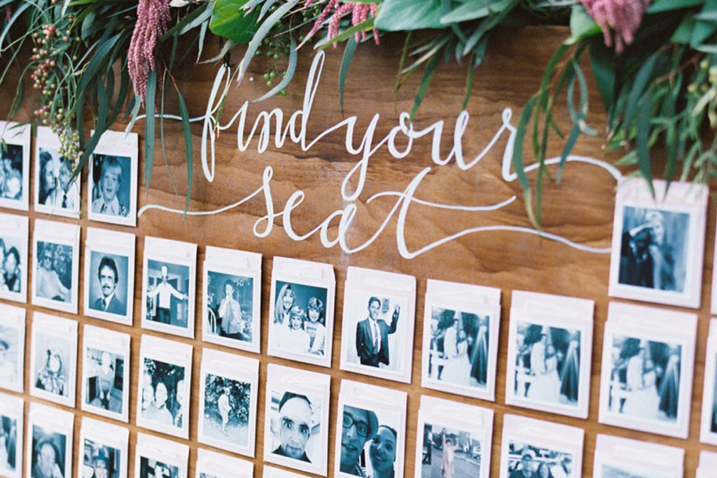 A photo table plan is a lovely option for your rural barn wedding at Sandhole Oak Barn