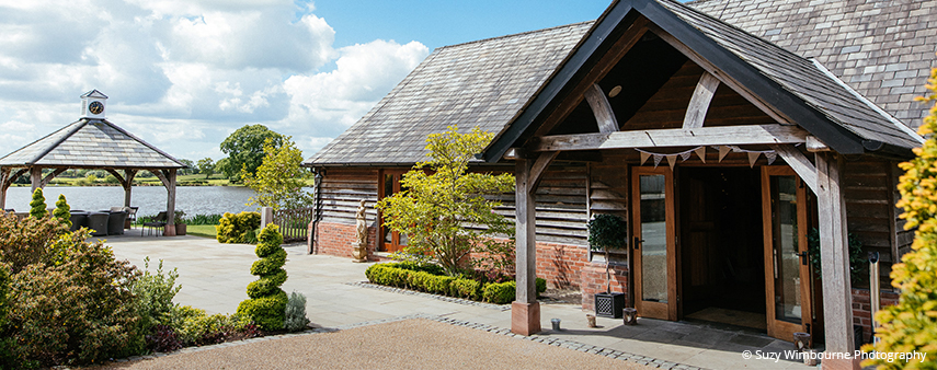 Sandhole Oak barn is a stunning lakeside barn wedding venue in Cheshire